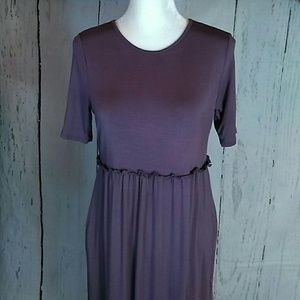 Long lilac maxi dress NWT Boutique